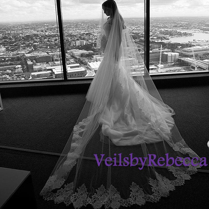 Mariage - 1 tier cathedral lace veil, ivory lace cathedral drop veil, white lace cathedral wedding veil,lace drop cathedral wedding veil V611D