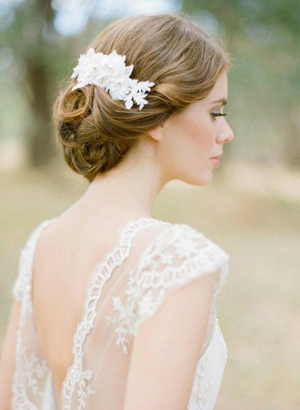 Hochzeit - WINSLET pearl bridal hair comb in ivory