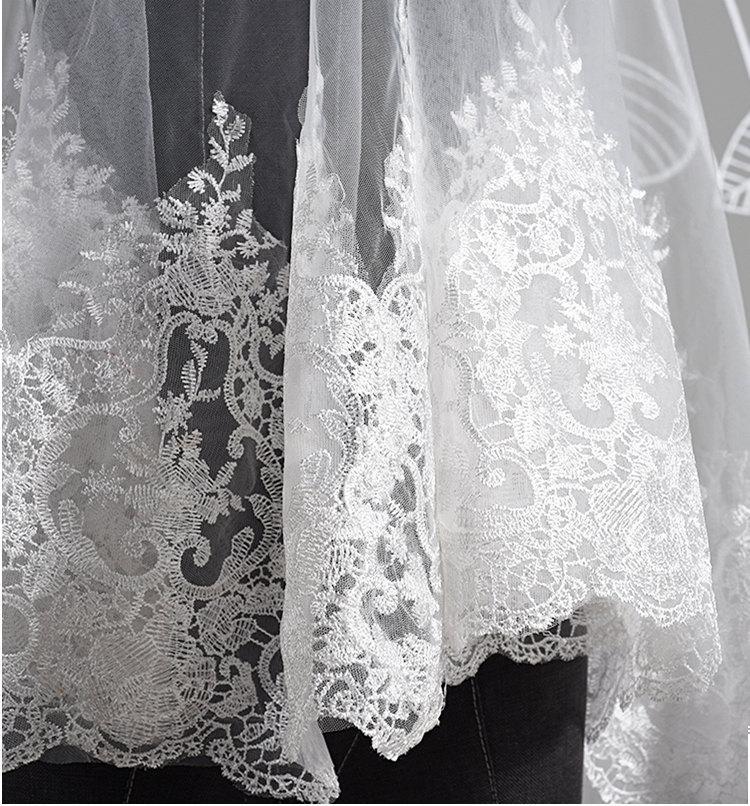 Mariage - Lace Veil Wedding Veil Ivory Bridal Veil Soft illusion Tulle Wedding Veil Lace Wedding Veil French Alencon Lace