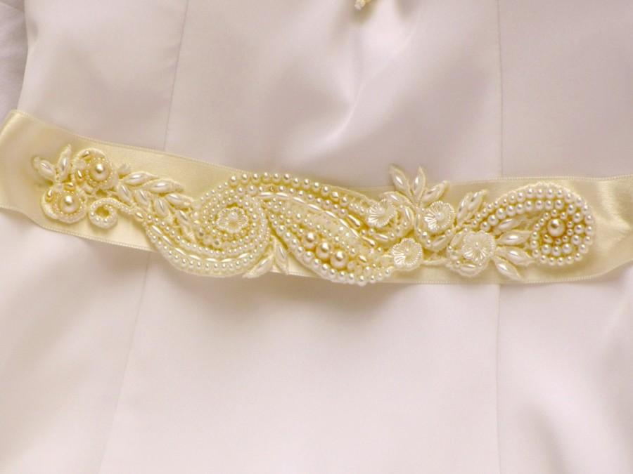 Mariage - Ivory pearl bridal sash belt wedding dress sash bridal belt gold and ivory beaded lace sash for wedding dress Ivory sash pearl Sash wedding