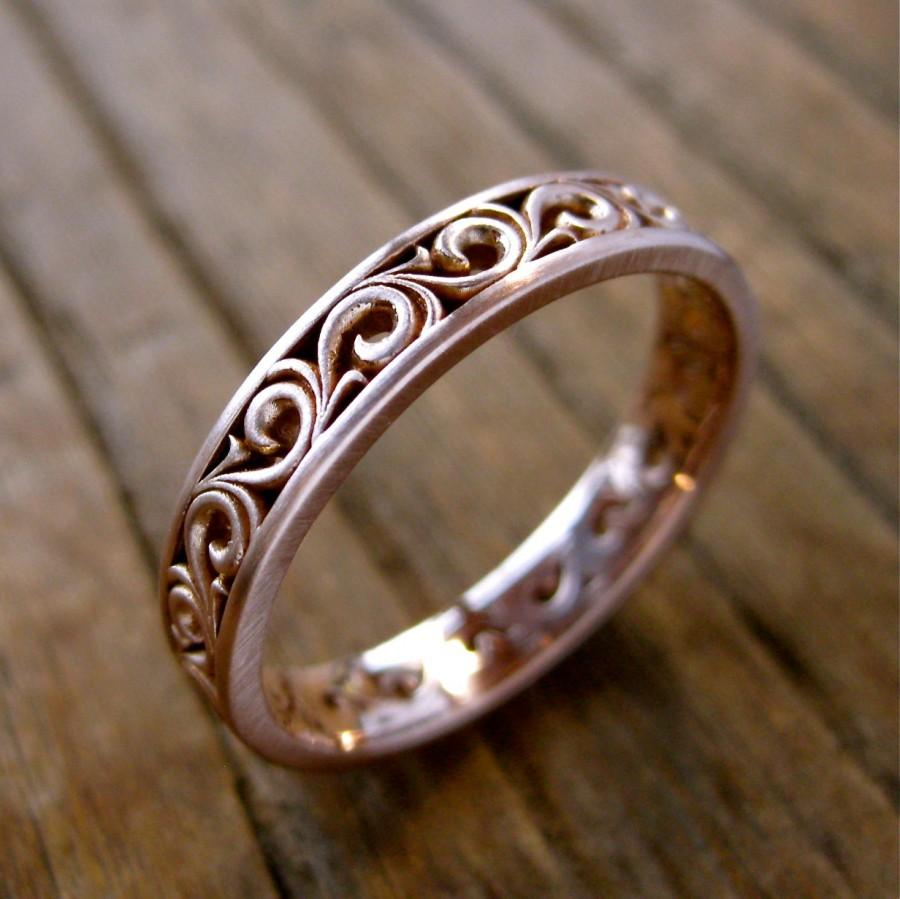 Mariage - Unisex Spiral Scroll Wedding Ring in 14K Rose Gold with Cool Matte Finish Size 10