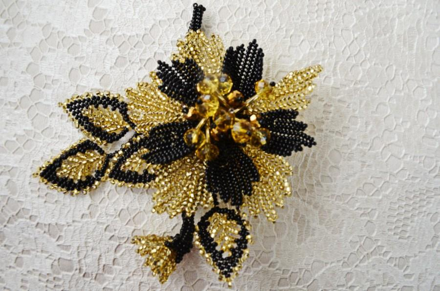 Mariage - Christmas Star Gold and Black Seed Bead Flower Brooch, Beading Hair Pin, Holiday Brooch, Christmas Hair Accessory and Brooch, Christmas gift