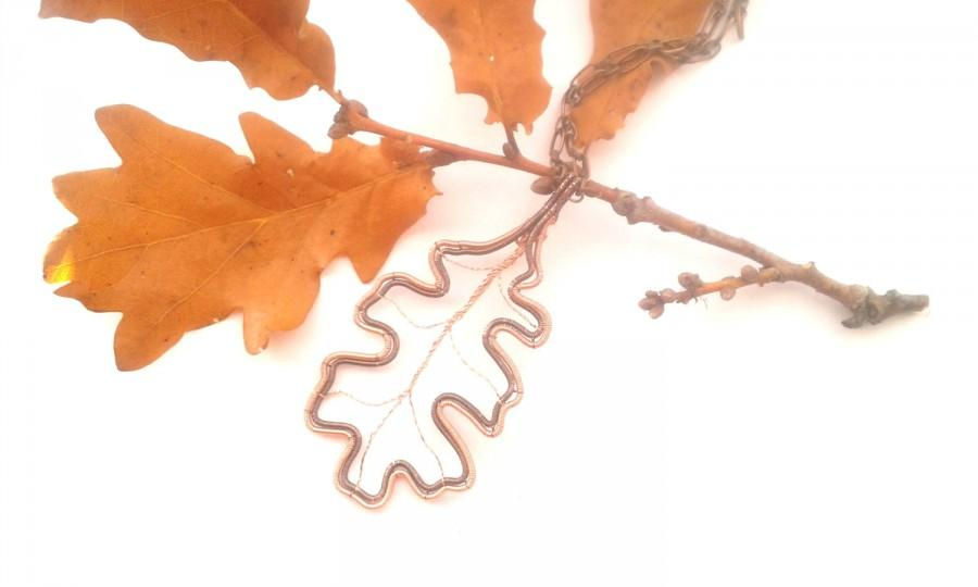 Свадьба - Oak Leaf Necklace, Wire Wrapped Copper And Gunmetal Oak Leaf Pendant, Wire Weaved Nature Inspired Jewelry, Handmade Unique Wire Jewelry
