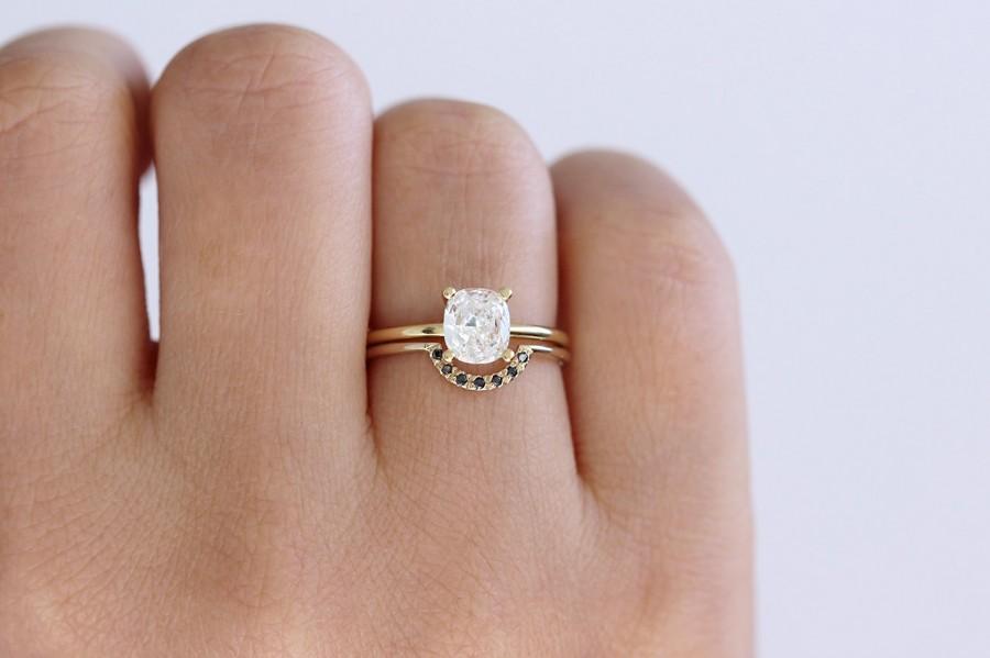 Mariage - Solitaire Cushion Diamond Engagement Ring - 0.8 Carat Diamond Ring - 18k Gold
