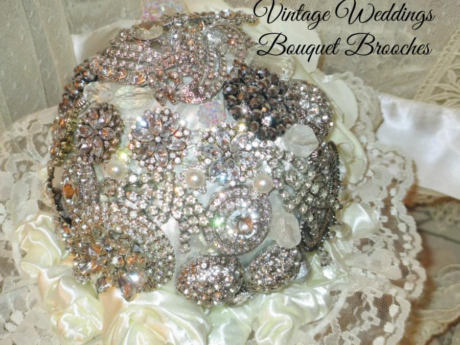 Vintage Jewellery Wedding Bouquets : Bridal brooch bouquet wedding