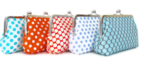 زفاف - Red Polka Dot Custom Bridesmaid Clutch / Wedding Gift / Wedding Purses /Choose your Fabrics