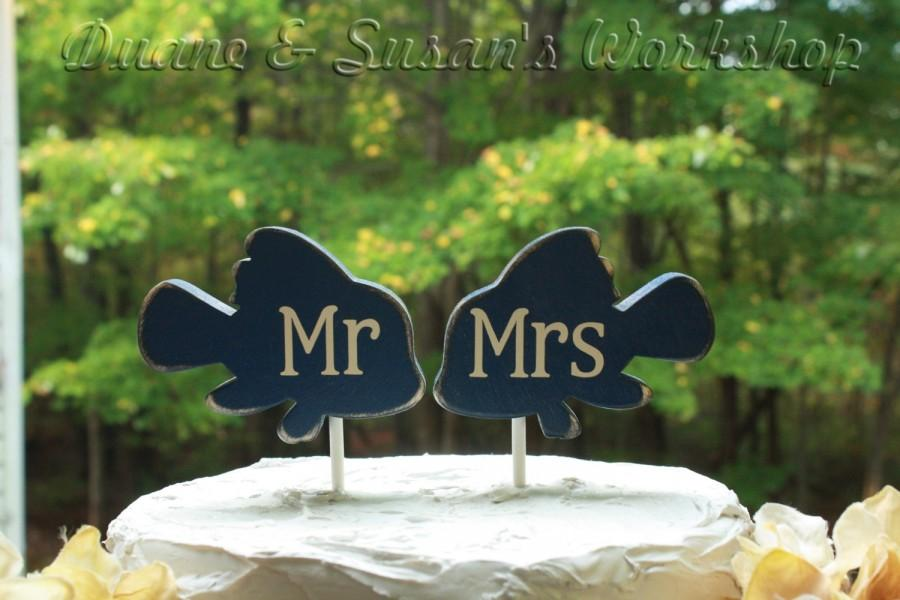 Wedding - mr and mrs Fish cake topper, custom, party favor, shower favors, wedding, home decor, spring decor