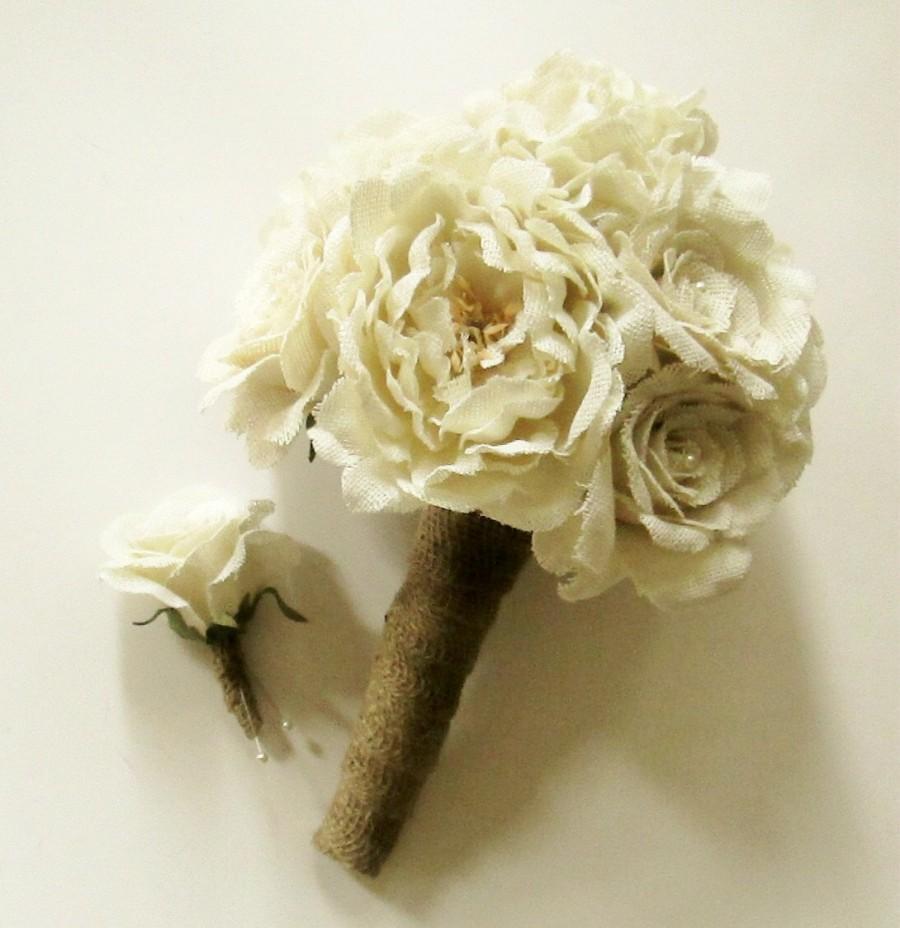 Mariage - Burlap Flower Wedding Bouquet, Burlap Roses, Burlap Peonies, Burlap Hydrangea, Rustic Bouquet, Keepsake Bouquet, Shabby Chic Wedding
