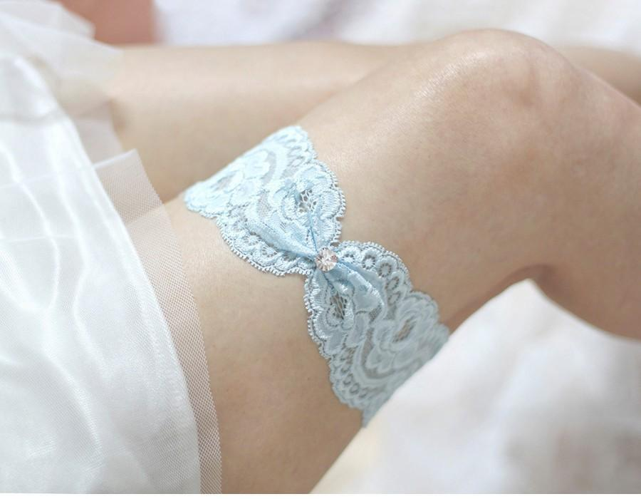 Hochzeit - Blue lace garter, wedding garter,  lace garter, bridal garter, lace keepsake garter, something blue