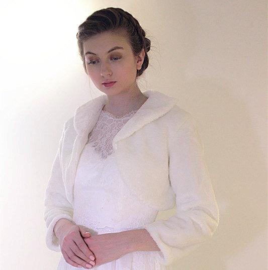 Wedding - Bridal fur stole, Ivory Faux Fur Shawl, wedding winter long Sleeve jacket coat wrap, white evening shrug bolero bridesmaid accessories