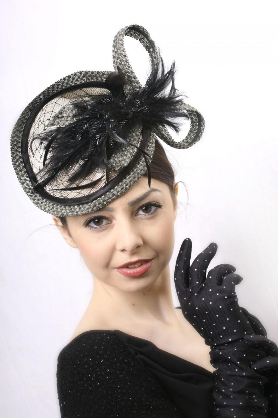 Mariage - Black gold hat, Elegant black fascinator, Kentucky derby hat, Wedding guest Hat, Couture Ascot headpiece, Black Feather hat, Tea perty hat