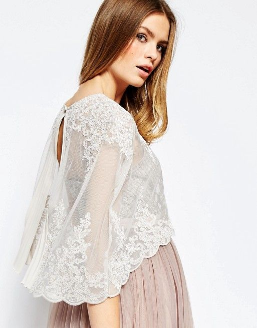 Mariage - Premium Wedding Lace And Pleat Back Cape