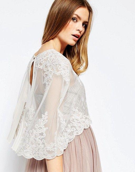 Свадьба - Premium Wedding Lace And Pleat Back Cape