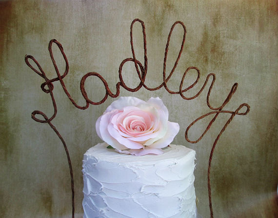 زفاف - LAST NAME Wedding Cake Topper Banner - Personalized Name Rustic Wedding Cake Topper, Custom Shabby Chic Monogram Wedding Cake Decoration