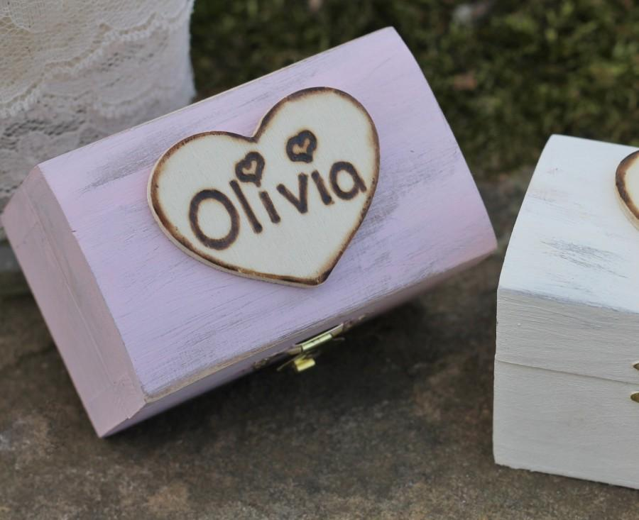 Mariage - Flower Girl Gift Box Personalized Rustic Bridesmaid Jewelry Box, Custom Color, Shabby Chic, Rustic Wedding