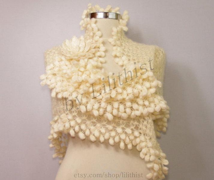 Mariage - Ivory Shawl, Bridal Shawl, Wedding Shawl, Crochet Shawl, Bridal Shrug Bolero, Lace Shawl, Cape, Loop Scarf Shawl, Romantic Wedding Cover Up