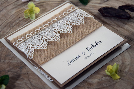 Свадьба - Burlap and Lace Wedding Invitation, Eco friendly and Rustic Wedding Invitation, Pocket Lace Invitation, Rustic Lace Invitation - SAMPLE