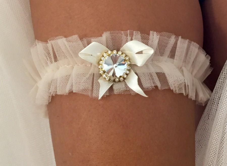 Sexy wedding garters