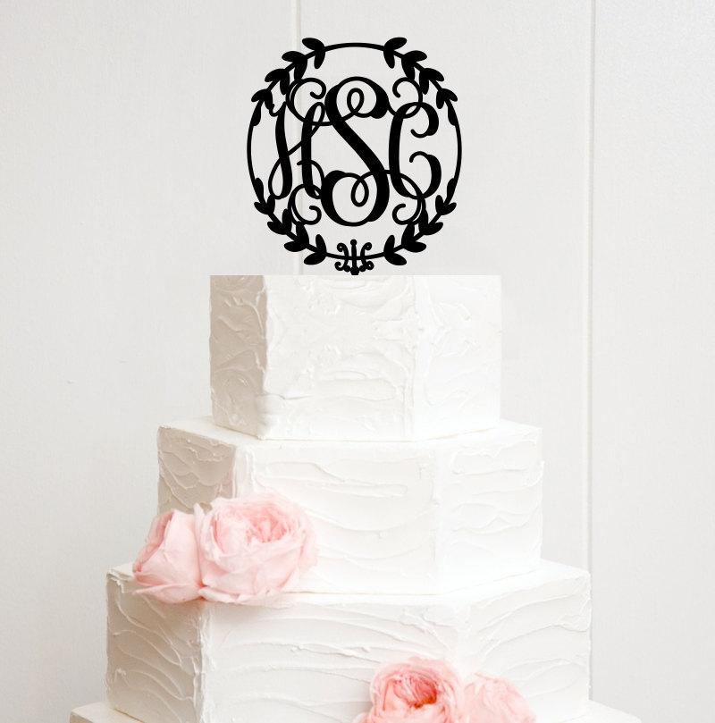 Mariage - Wedding Cake Topper Circle Vine Monogram Personalized Topper with YOUR Initials - 0064