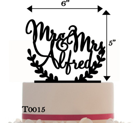 Mariage - Wedding Cake Topper Mr&Mrs Personalized with your last name, choice of color and a FREE base for display