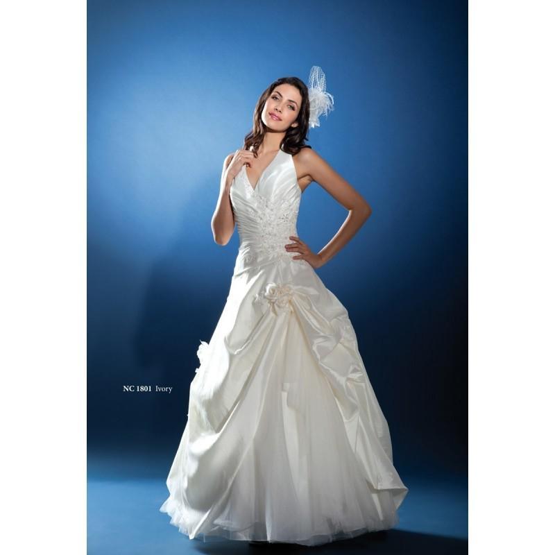 Hochzeit - Nana Couture, NC 1801 - Superbes robes de mariée pas cher