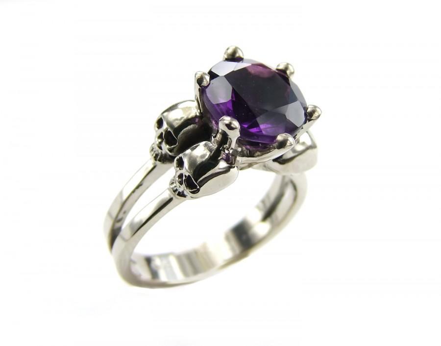 Mariage - White Gold Skull Ring Goth Engagement Ring Amethyst Psychobilly Wedding Skull Ring Purple Natural Gemstone Memento Mori Woman Ring All Sizes
