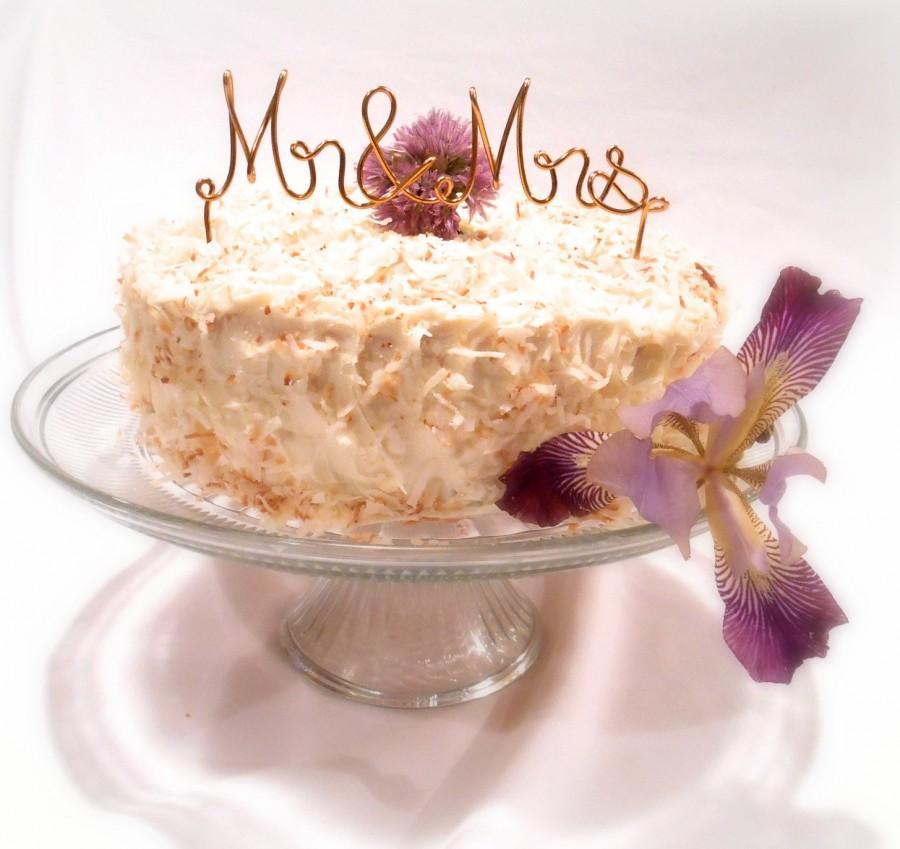 Mariage - Mr & Mrs Cake Topper, Wedding Decor, Custom Colors