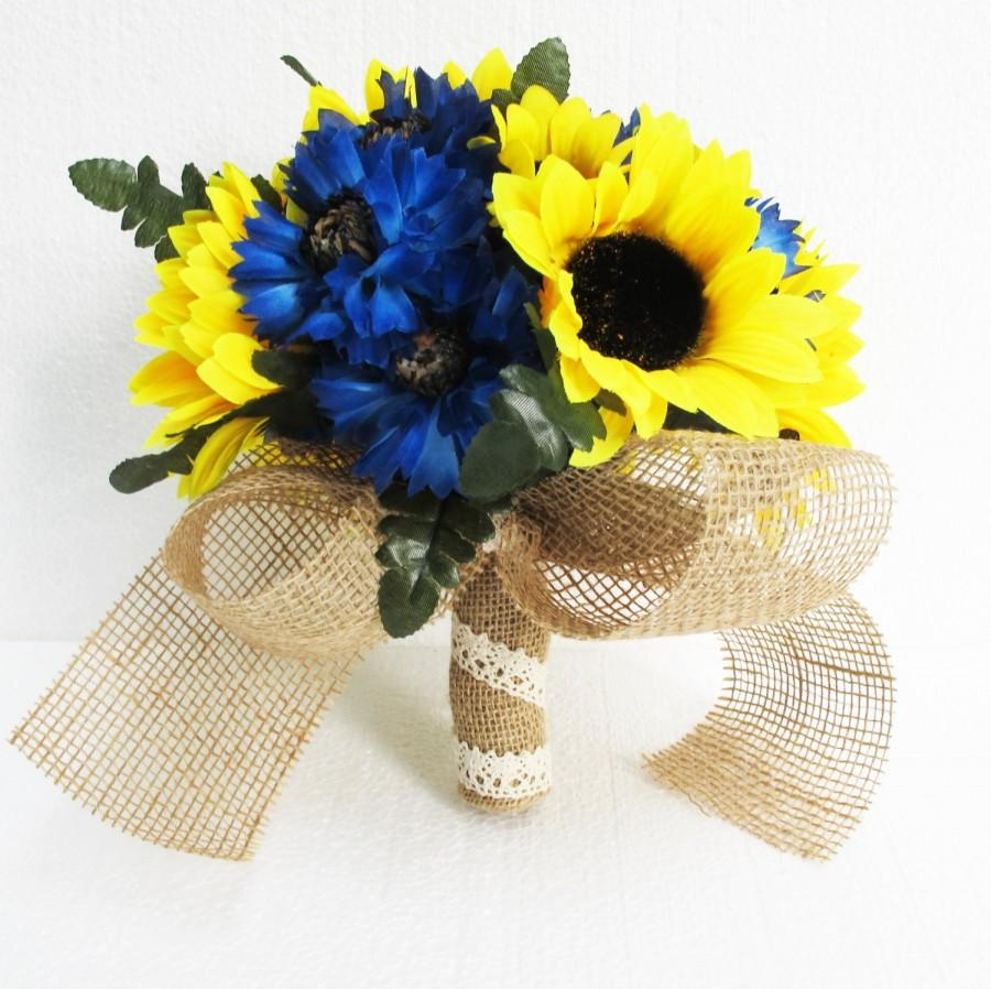 Mariage - Sunflowers Wedding Bouquet Bridesmaid Bouquets Blue Cornflower Yellow Brown Burlap Ribbon Leaves Artificial Flowers Bridal Rustic Wedding