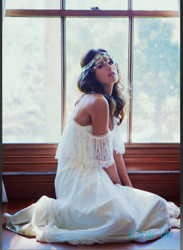 زفاف - Ethereal flowy light bohemian beach destination wedding dress