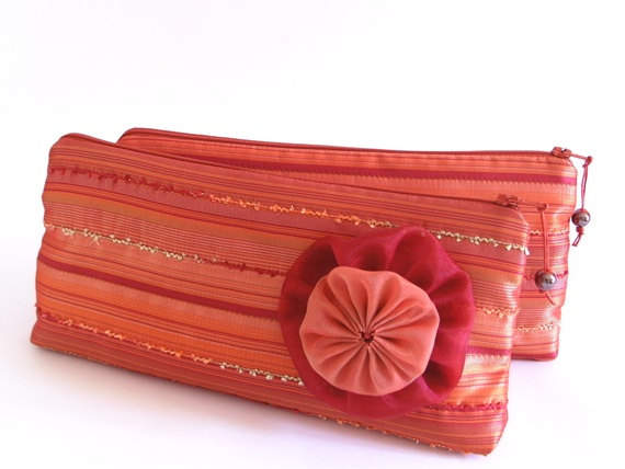 Hochzeit - Will You Be My Bridesmaid Pink Coral Hawaii Wedding Clutches, Set of 4 Gift Bags for Bridesmaids