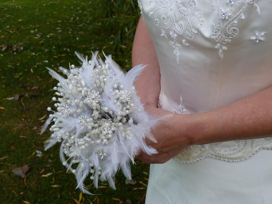 Hochzeit - Feather wedding bouquet with crystal flowers and pearls in silver. Brooch bouquet alternative. Crystals. Brides bouquet.