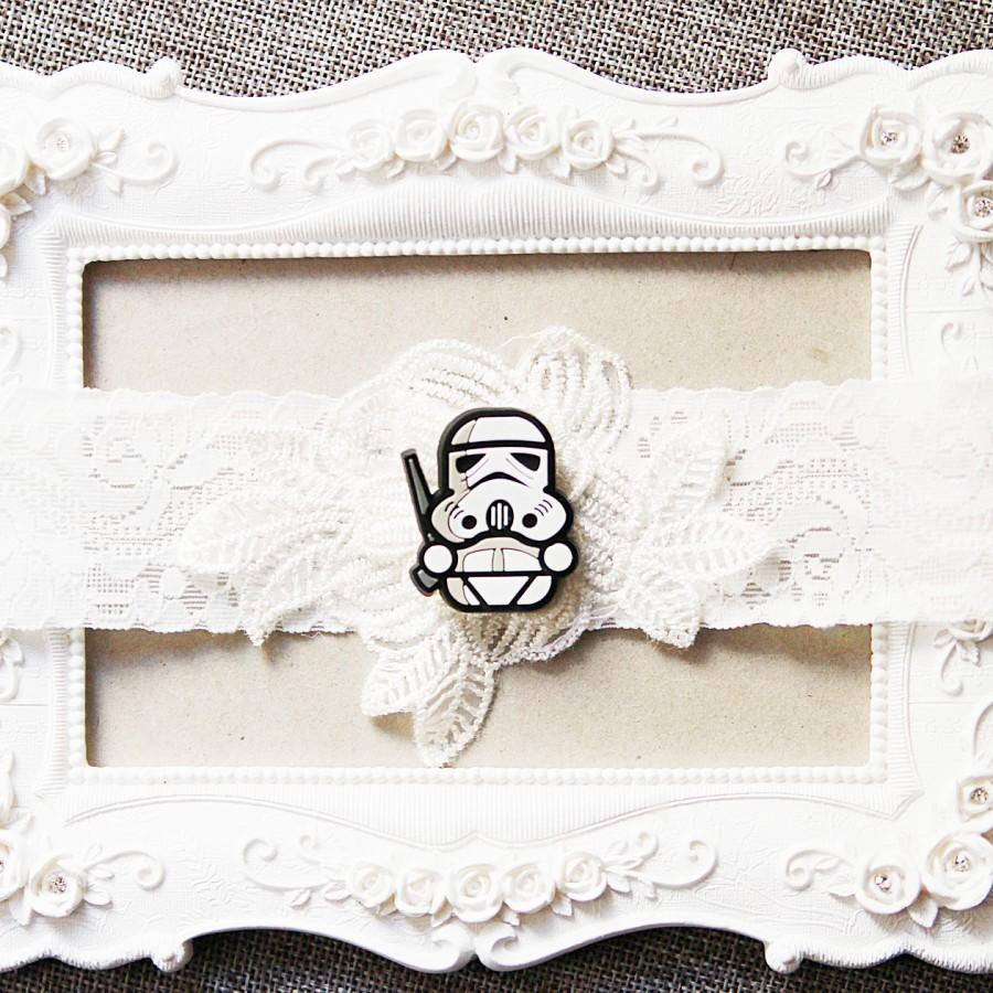 Hochzeit - Star Wars Bridal Garter Wedding Garter - Keepsake Garter Lace Garter Geek Nerd Garter Belt