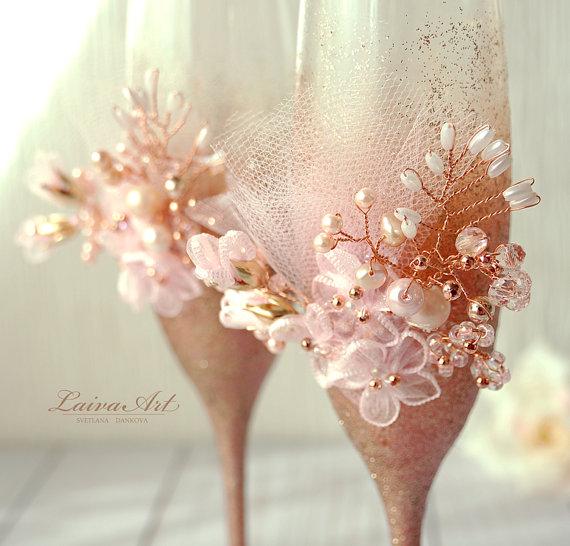 Свадьба - Rose Gold Wedding Champagne Glasses Wedding Champagne Flutes Gold and Pink Toasting Flutes Toasting Glasses