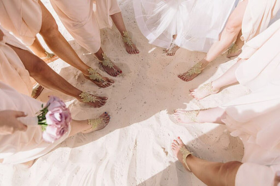 Mariage - 7 color Bridal barefoot sandals beach wedding barefoot sandal footwear footgear lace barefoot shoes, bridal shoes white ivory champagne gold