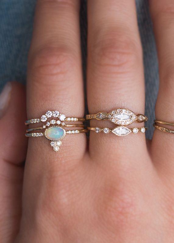 Hochzeit - Jennie Kwon Crown Ring