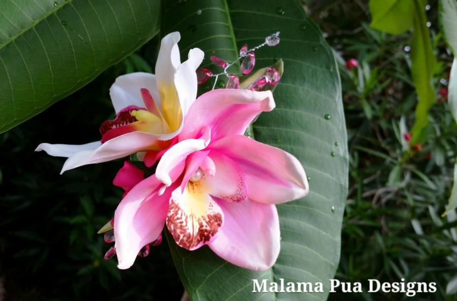 Свадьба - CUSTOM ORCHID HAIR Flowers, Beach Wedding, Bridal, Silk Hair Flower, Custom Hair clip, Pink & White, Headpiece, Hawaiian, Freshwater Pearl