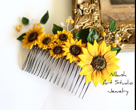 Свадьба - Sunflower Hair Comb, Sunflower Wedding, Large Sunflower Hair Comb, Bridesmaids Gift, Yellow Wedding, Woodland Wedding, Yellow Sunflower