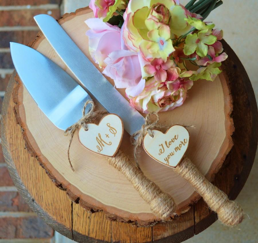 Hochzeit - Personalized Rustic Wedding Cake Cutter And Knife Customized Burlap Wedding Cake Knife, Bridal Shower Gift For the Bride To Be(K103)