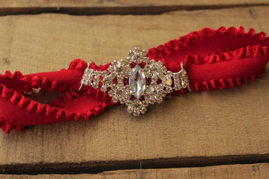 Свадьба - Red Garter - Wedding Garder, Fall Wedding Autumn Wedding, Red and Silver, Elegant Red Bridal Accessories, Red Bridal Garter Plus size garter