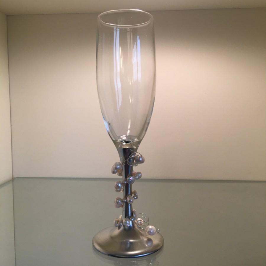 Mariage - 2 - Silver and White Natural Pearl Champagne Glasses