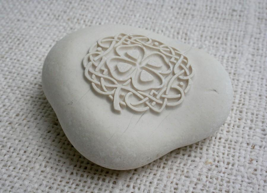 Mariage - Celtic Art - engraved stone collection by sjEngraving