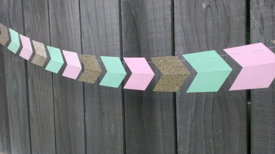 Свадьба - Pink, Mint Green & Gold Paper Arrow Garland, Blush and Mint, Wedding Garland, Chevron Garland