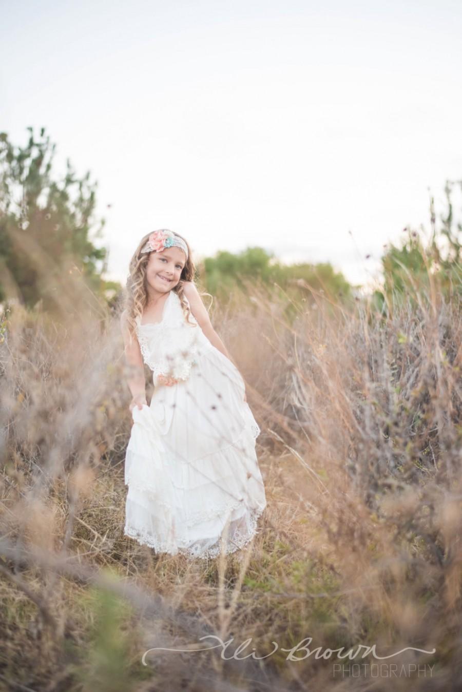 Свадьба - Flower girl dress, boho flower girl dress, Ivory flower girl dress, flower girl dresses, beach flower girl dress, boho girls dress, wedding