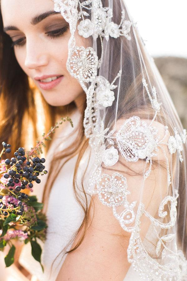 Wedding - Wedding Veil,Bridal Veil,Tulle Veil,Crystal Veil,Embroidered Veil, Elbow Veil, Ivory Heirloom Veil, Beaded Veil - Style 003