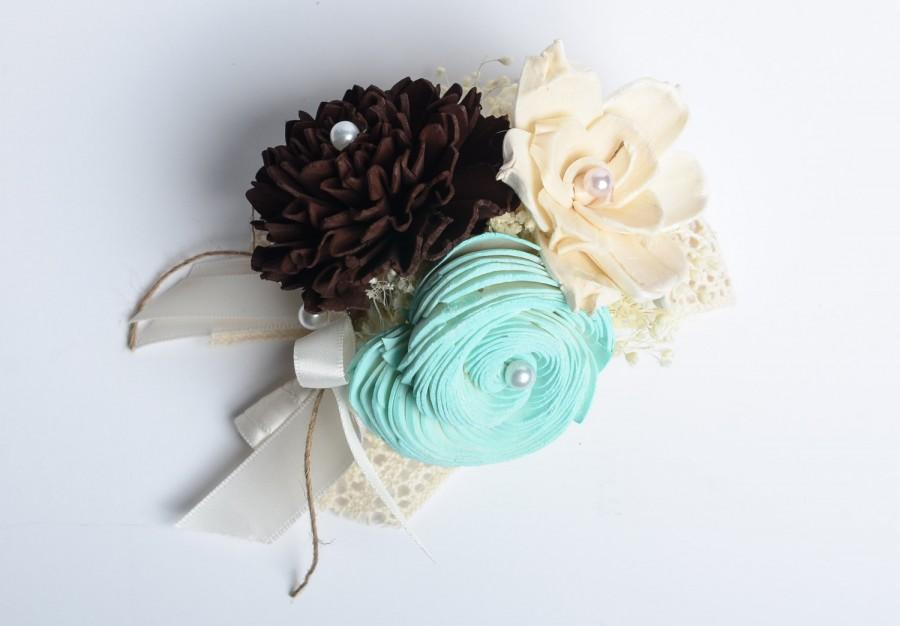 Свадьба - Sola Flower Corsage, Ivory, Mint, Brown Mother's Corsage, Wedding Corsage