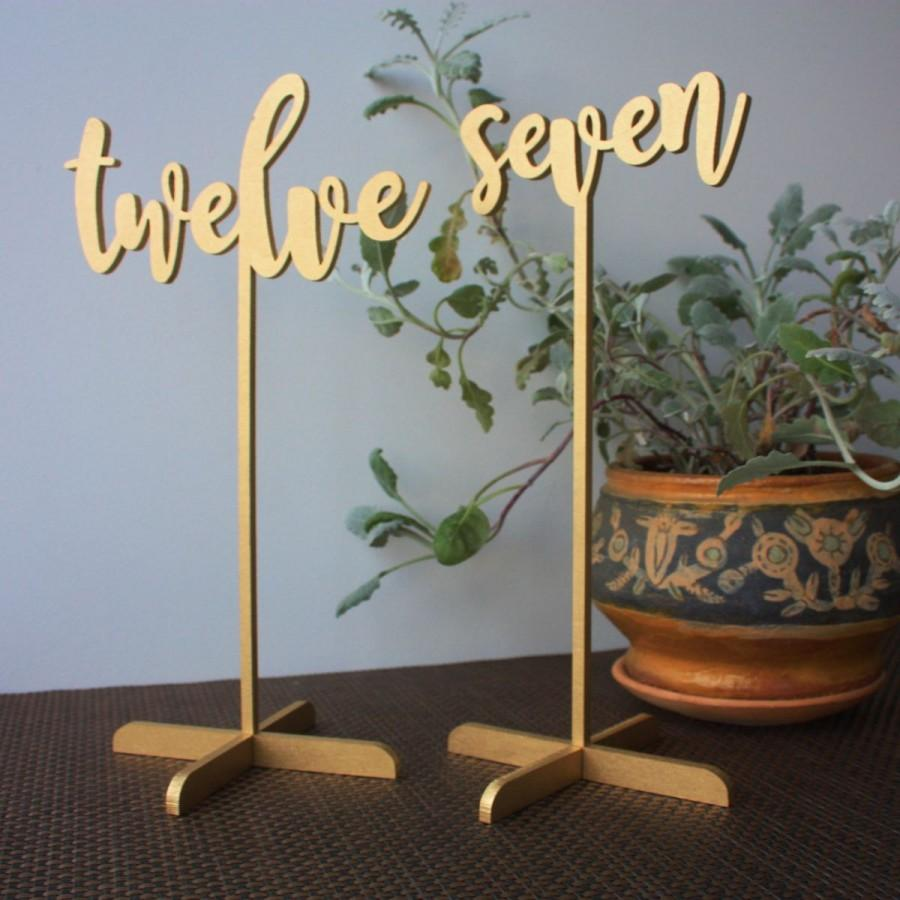 Mariage - 10 Wedding Table numbers. Gold Table numbers.Table numbers with base.
