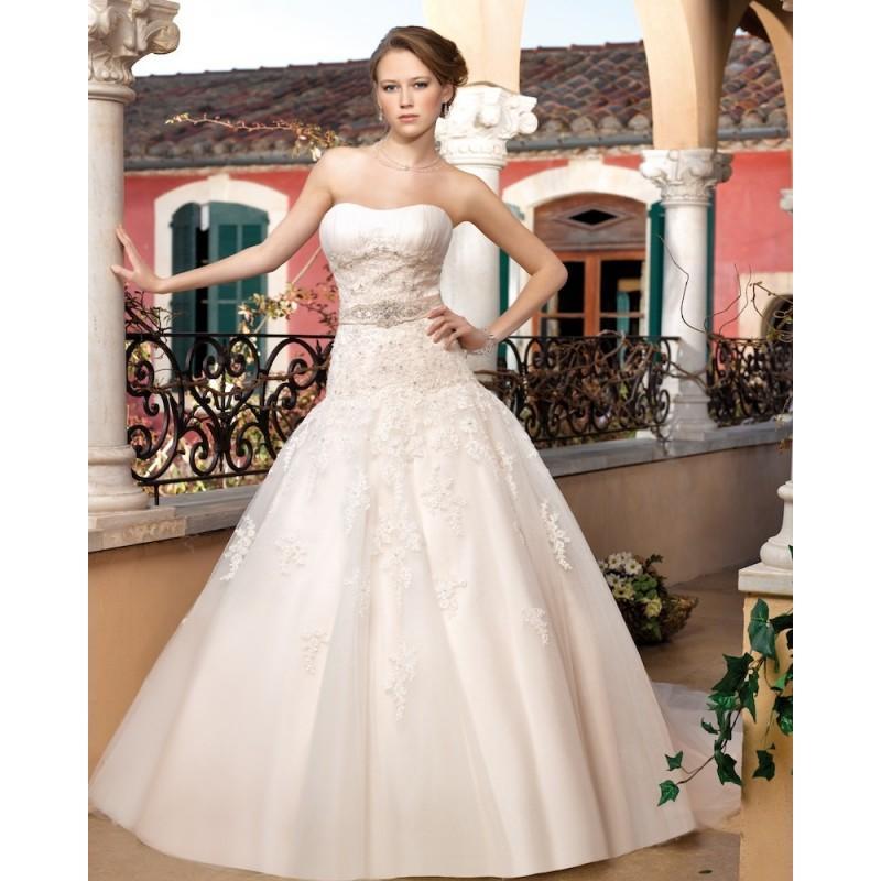 Wedding - Generous Ball Gown Strapless Beading Lace Sweep/Brush Train Tulle Wedding Dresses - Dressesular.com