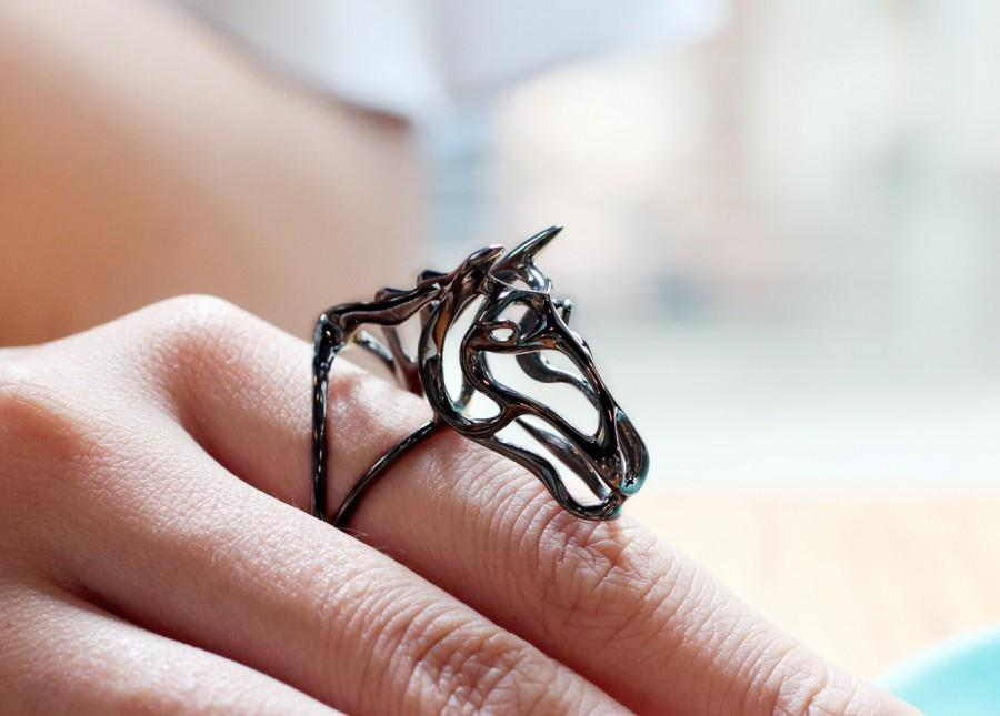 Mariage - Zodiac Horse Ring, Gallop Horse Ring, horsey collection, wire sculpture, Zodiac Morphosis, animal ring, animal totem jewelry, abstract horse ring, black horse ring, fine art horse sculpture, Vulcan Jewelry, Horse Style Ring, Zodiac Animals Jewelry, Year o