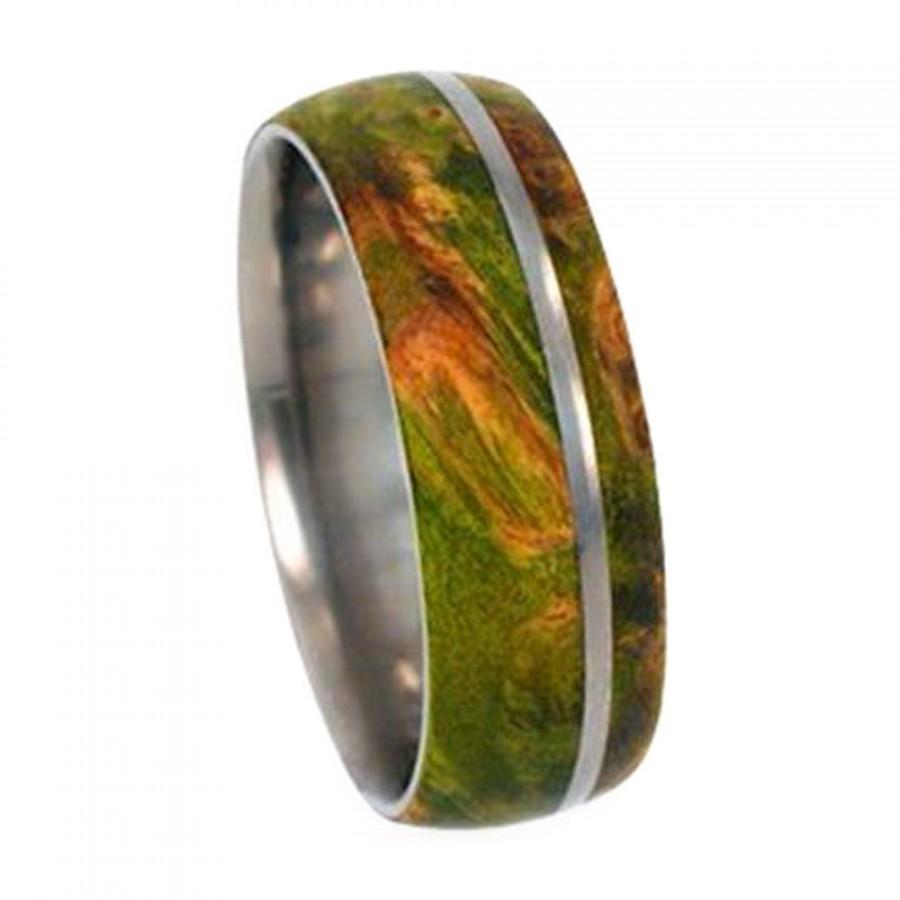 Mariage - Men or Womens Titanium Wedding Band Inlaid With Green Box Elder Burl, Wood Ring, Unisex Jewelry