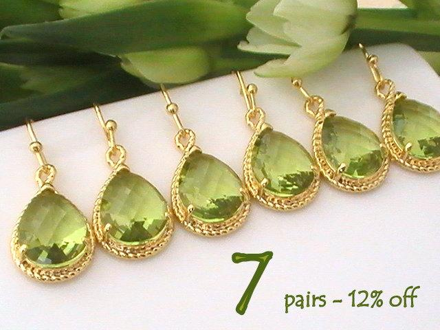 Mariage - Peridot Earrings Set of 7 12% Off, Bridesmaid Gift, Gold Green Earrings, Bridesmaid Earrings, Bridal Earrings, Wedding Jewelry, Dangle Drop